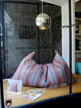 cush lounge pillow_INabstracto