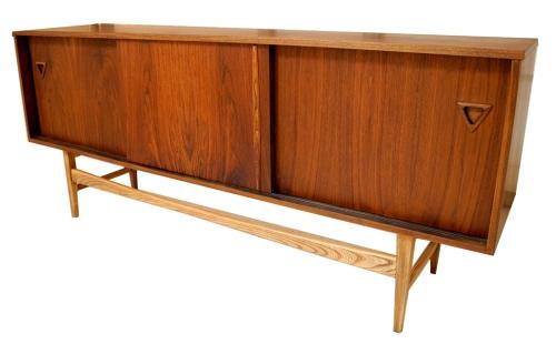 Walnut Sideboard_Triang-LR