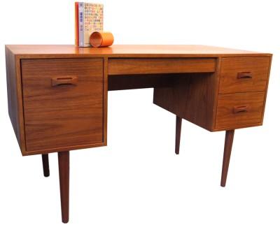 Teak Desk_CDN