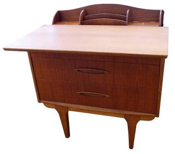 Jentique Desk_LR