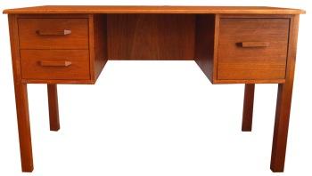 Teak Desk_Simple 3 dwr_LR