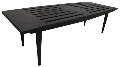 black bench LR