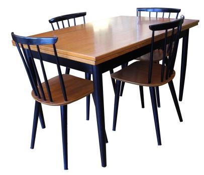 Farstrup Table_2_LR
