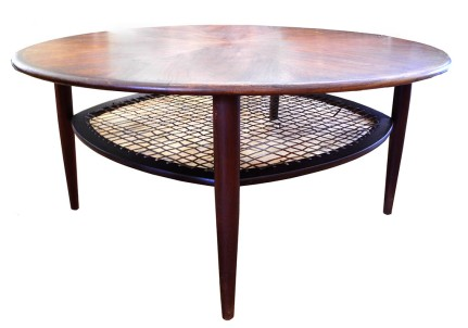 Round Teak Table_LR