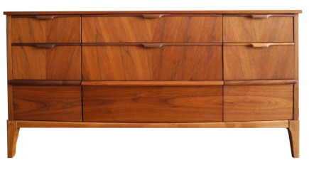 Nine Drawer Dresser_May 15_LR