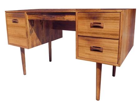 Rosewood Desk_LR_2