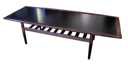 rosewood_laminate coffee table