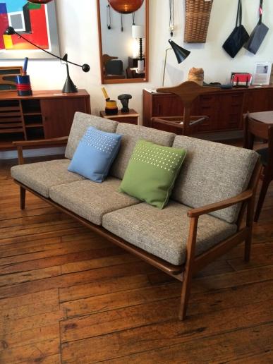 danish-sofa_5603