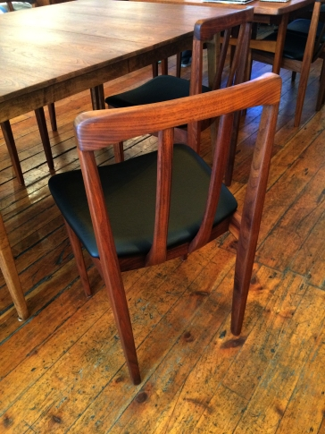 walnut-dining-chair_back