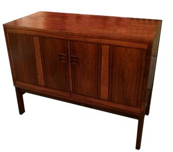 danish-rosewood-cabinet