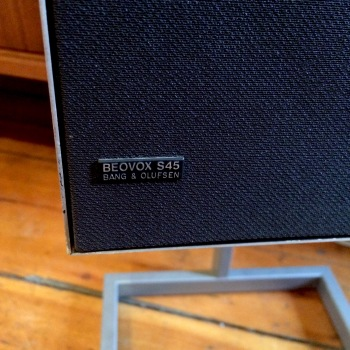 Beovox speakers
